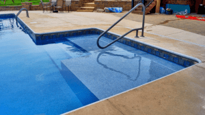 Omaha Swimming Pool Sunshelf