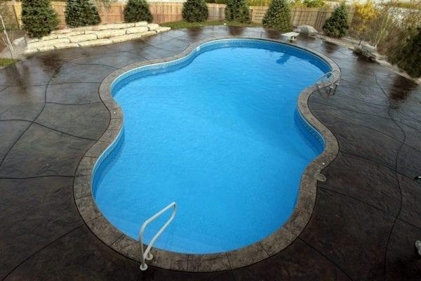 Omaha Nebraska Custom Swimming Pool
