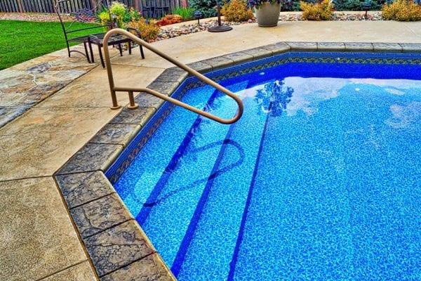Omaha Pool Builder