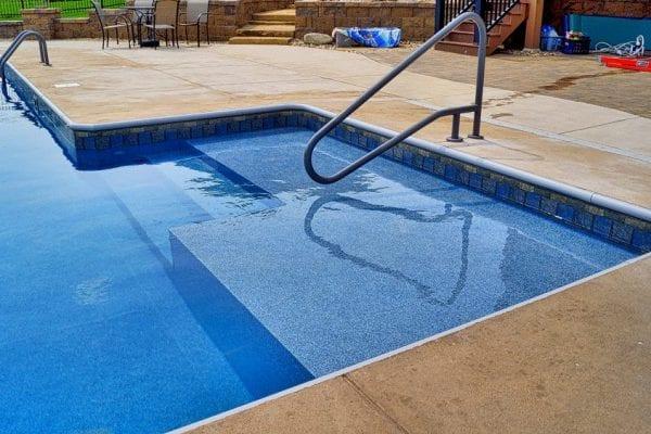 Omaha Swimming Pool Sunshelf